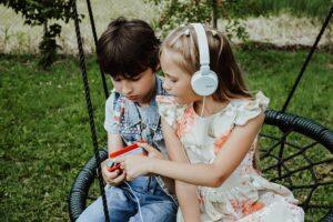 Lastemuusika